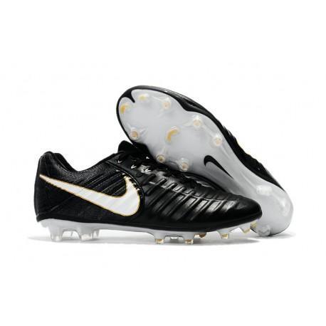 f4c137a1d63 Nike Tiempo Legend VII FG Botas de Fútbol Con Tacos - Negro Blanco